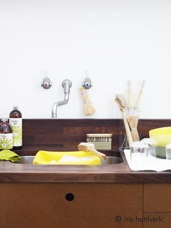 IRIS HANTVERK: Cepillo para platos
