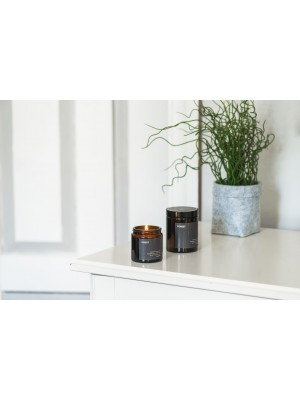 "MULIERES: Natural Candle ""Forest"" 180ml (Vela natural ""Bosque"" 180ml)"